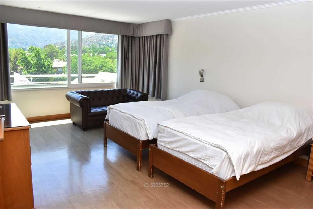 7 dormitorios / mall sport