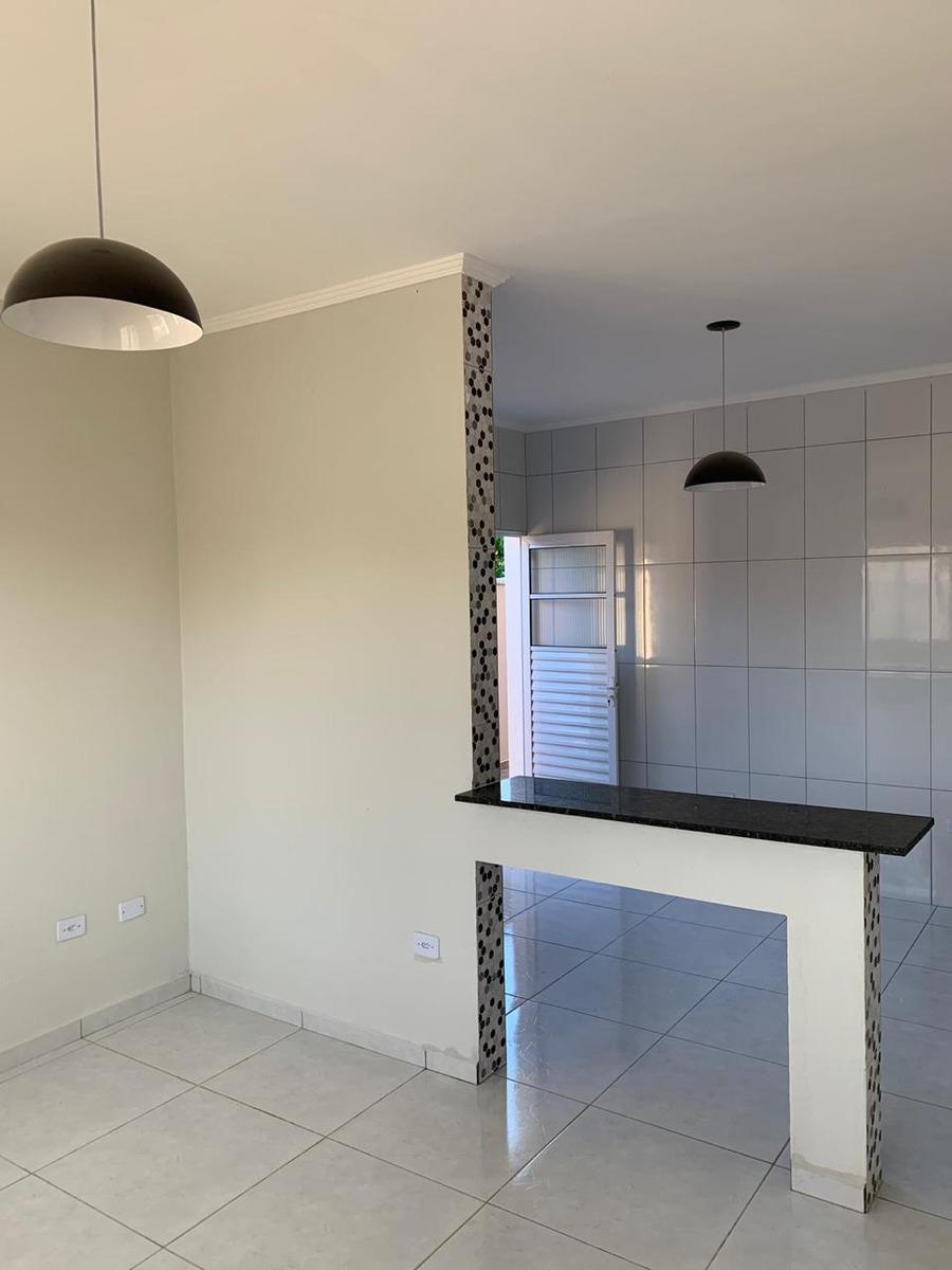 766-casa nova á venda com 78m², 2 dormitórios sendo 1 suite.
