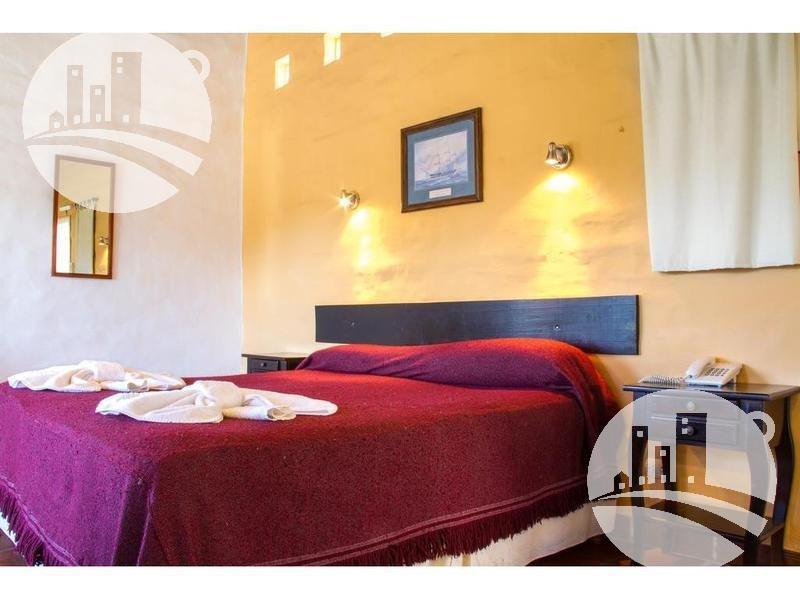 8 cabañas y 8 suites 3* - spa