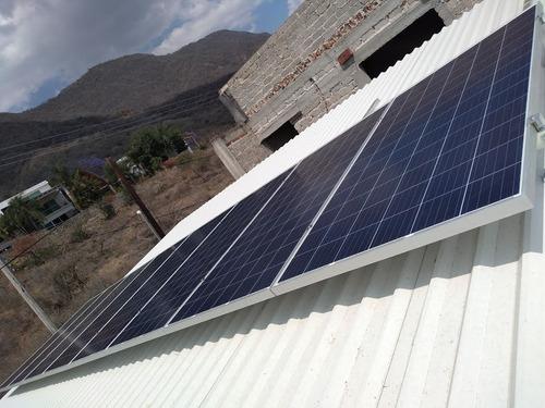 8 paneles solares  330w e inversor goodwe sistema monitoreo
