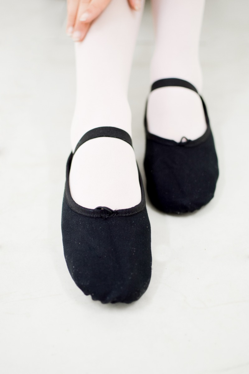 d72eed4c15 8 pares sapatilha lona ballet balé olga georgia cor preta. Carregando zoom.