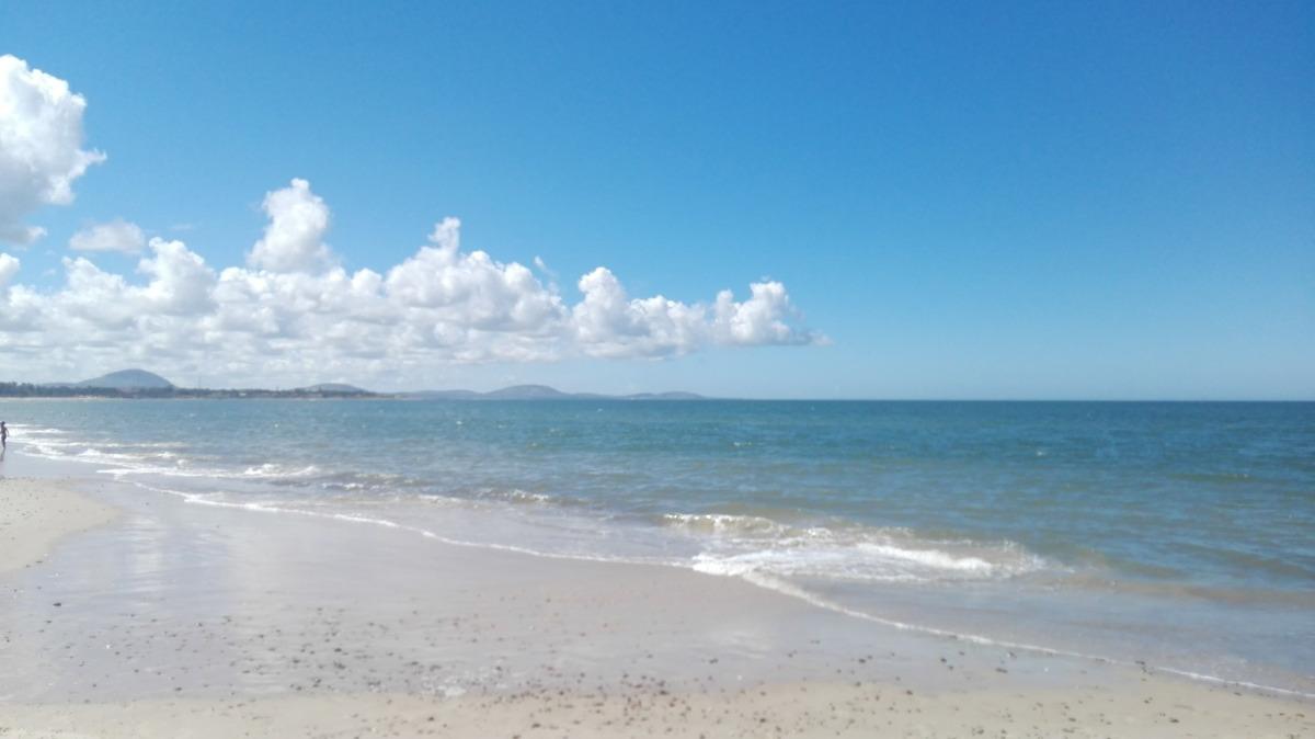 80 mt de playa tranquilo, aa, wifi, directv, bicis,parrillas