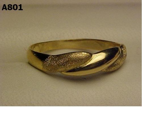 #801a- anel em ouro 18k com detalhes