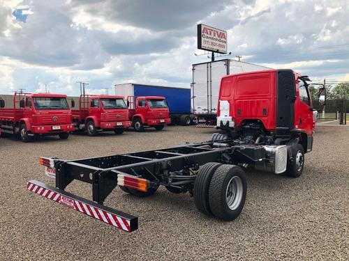 815 caminhões mercedes-benz