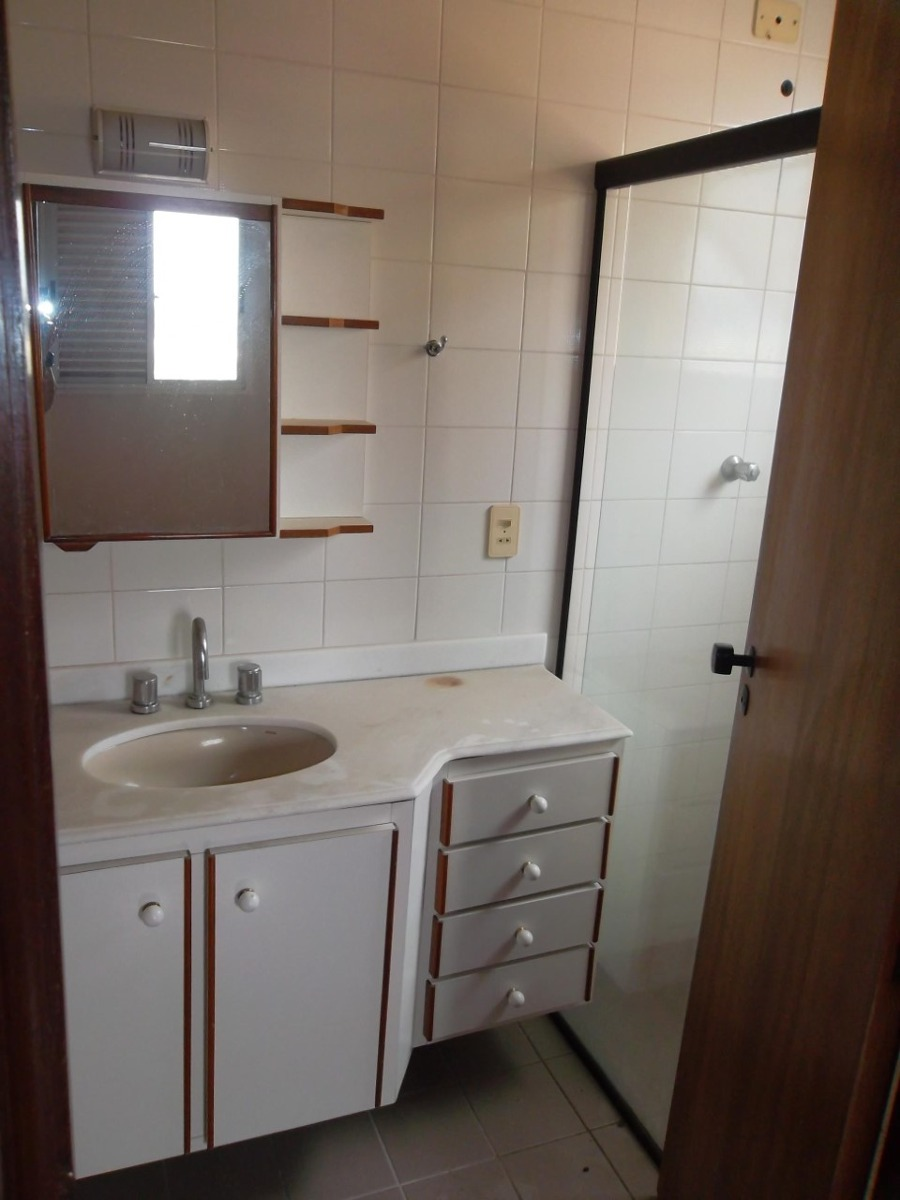 8693 apartamento condomínio bella vista