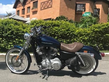 883 custom harley davidson