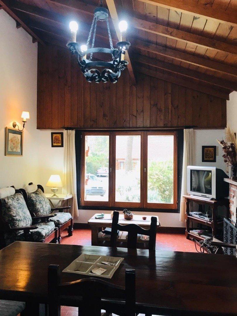 8991 - casa en venta, pinamar, zona lasalle