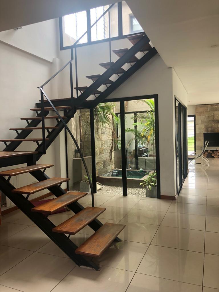 9 de julio al 1400 temperley - casa moderna en 2 plantas
