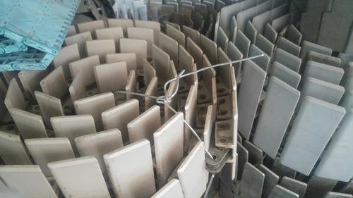 9 mts cadena transportadora plástica 4plg con cadena paso 60