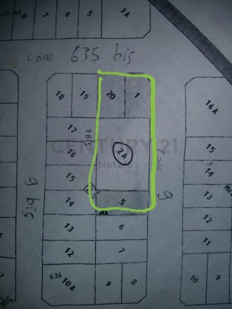 9 y 636. lotes en zona residencial