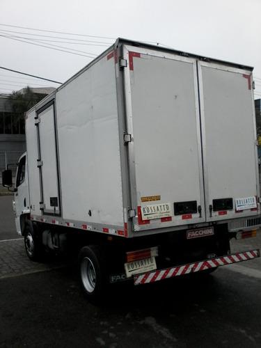 915 caminhões mercedes-benz