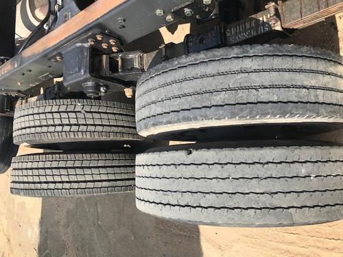 9.150 03 eixos 2012 pbt 11 toneladas no chassi documento baú