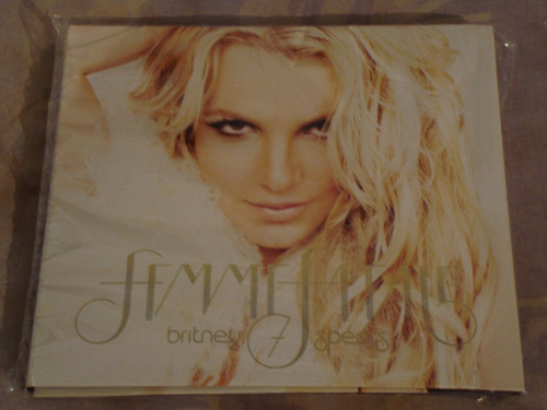 Britney Spears Femme Fatale Deluxe Uk Edition
