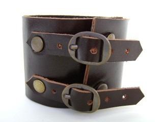 Pl 382 . Bracelete Duas Fivelas.   Couro Legítimo Original