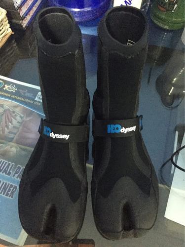 Vendo Surf Boots H2odyssey Nuevas Talla 9