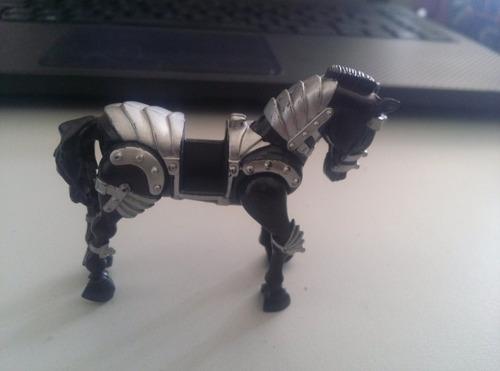Bonecos Miniatura Cavalo De Guerra Preto Original