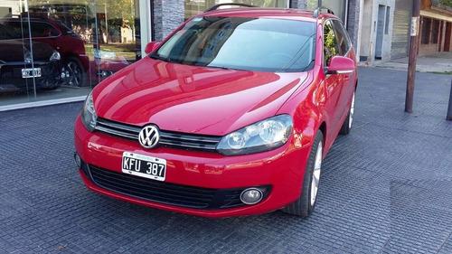 Volkswagen Vento Variant 2.5 Nafta Color Rojo  Año 2011