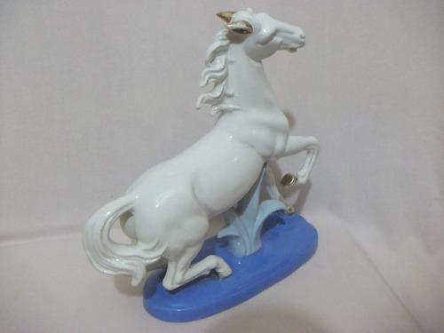 B. Antigo - Estatueta  De Cavalo Em Porcelana  Japonesa Original