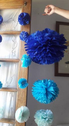 3 Esferas O Pompones Papel   $ 120