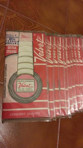 Encordado Velvet Cuerdas Guitarra Criolla 3° Metal Media