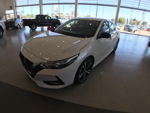 Nuevo Nissan Sentra Sr Cvt 2.0 Cv 150 Cadenero