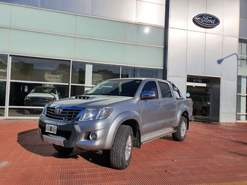 Toyota Hilux Srv At 4x4 3.0 Plata 2015 123.000 Km Roas