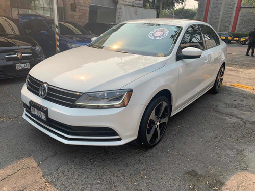 Volkswagen Jetta 2.5 Trendline Aut Ac 2018