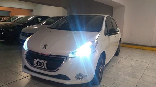 Peugeot 2008 Active 1.5 2014 (co)