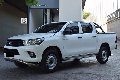 Toyota Hilux Dx 4x2 2018 35.000 Kms Muchos Accesorios