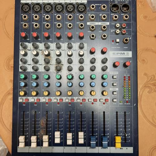 Consola Mezcladora Soundcraft Epm-6 Canales