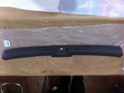 Cobertura Ierior Do Porta Malas Corsa Hatch 2p E 4p 96/ Gm Original