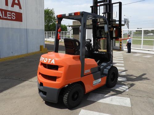 Autoelevador Toyota Fgzn25 - 2,5tn - Nafta/gas - 0hs.fsv4700