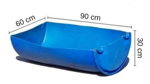 Comedero 100 Lts. - Hecho Con Medio Tankes. Azul.