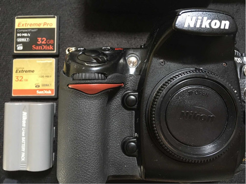 Nikon D700   Câmera Profissional Full Frame