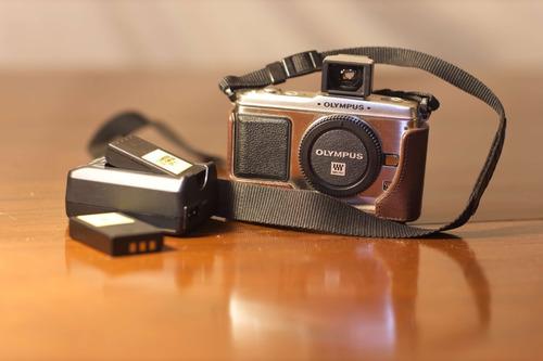 Câmera Olympus E p1 Pen Digital Com Capa De Couro 2 Baterias