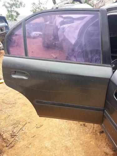 Puerta Tracera Derecha De Honda Civic 98