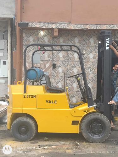 Empilhadeira Yale Modelo G83p050 Capacidade 2,5 Ton