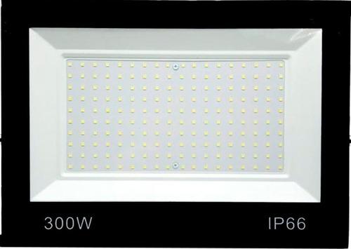 Refletor 300w Led Holofote Ip66 Bivolt Blindado Luz Branca