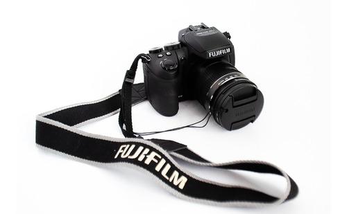 Câmera Digital Semi Profissional Fujifilm Finepix Hs30exr