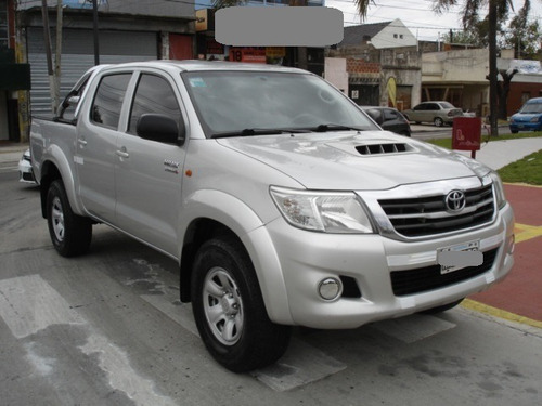 Toyota Hilux  D/ Cabina