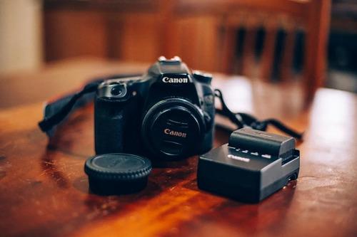 Canon 70d Camera Para Foto E Vídeo  Usada
