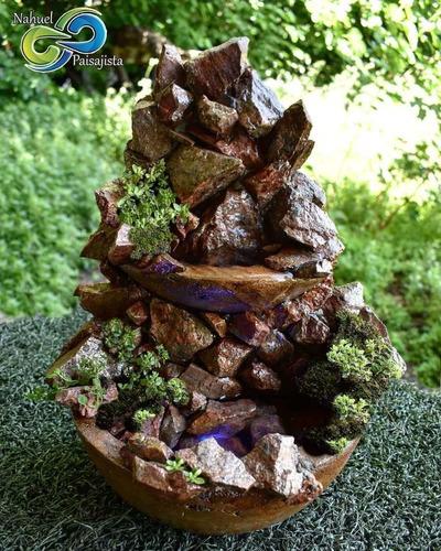 Fuente De Agua Y Cascadas Con Piedras Naturales. Oferta