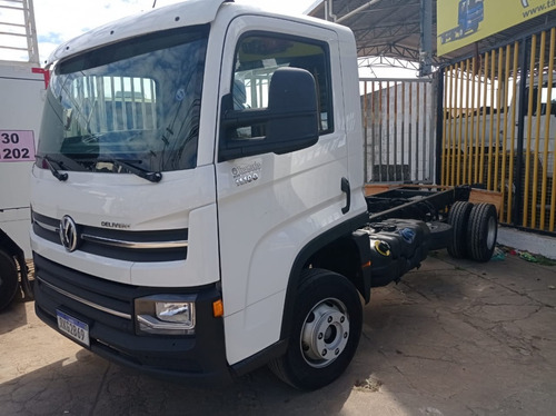 Vw 11.180 Delivery 4x2 - Ano 2020/2021 No Chassi