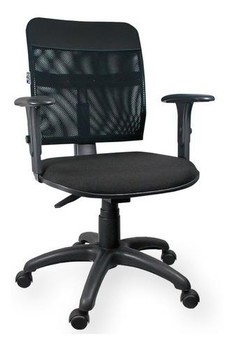 Cadeira Giratória Executiva Tela Nr 17 Com Braços Regulaveis