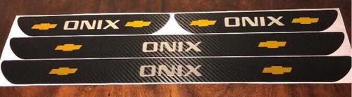 Cubre Zócalos Adhesivos Chevrolet Onix ¡promo+sticker Light!