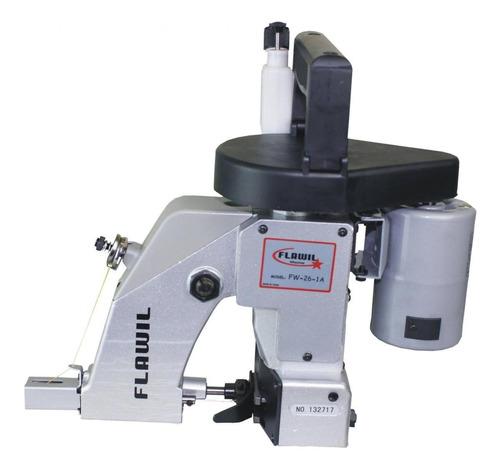 Máquina De Costura Semi Industrial Fechadeira Flawil Fw-26 Portátil Cinza E Preta 110v