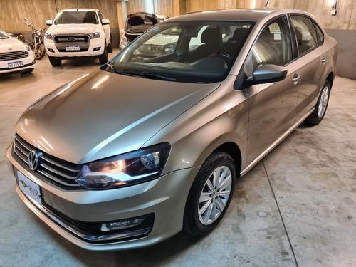 Volkswagen Polo  4p 1.6 Comfortline  2016