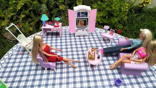 Juego De Comedor + 3 Barbies 100%originales Excelente Estado