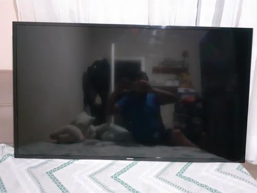 Smart Tv Samsung 48  Com Detalhe No Display (faixa).