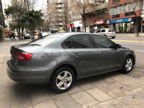 Volkswagen Vento 2.5 Advance Plus 170cv 2015